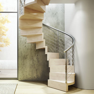Escalera helicoidal de madera con huella y contrahuella