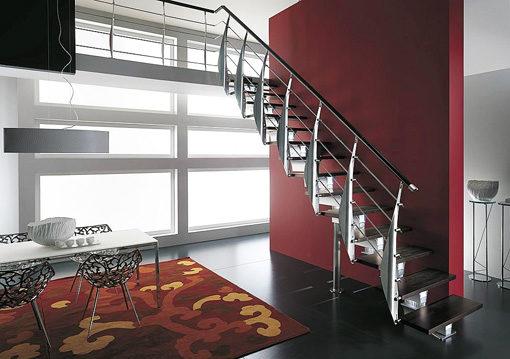 Escalera recta de diseño italiano