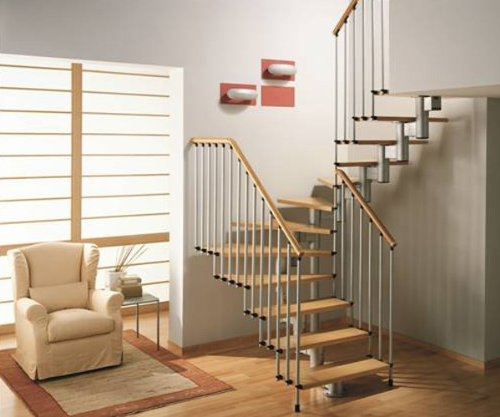 escalera de tres tramos de madera