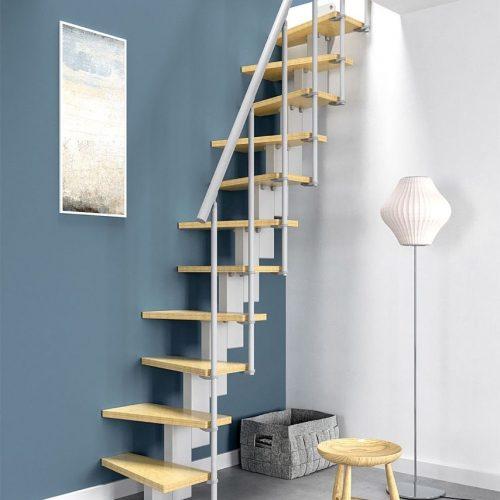 escalera recta para espacios reducidos