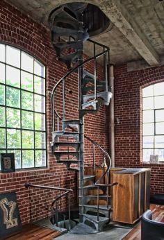Escalera de hierro forjado moderna para interior