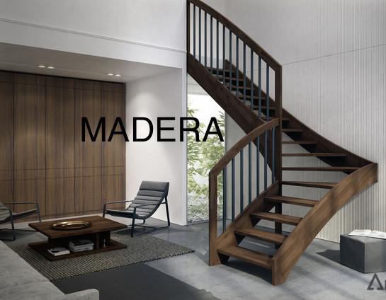 Escalera decorativa de madera