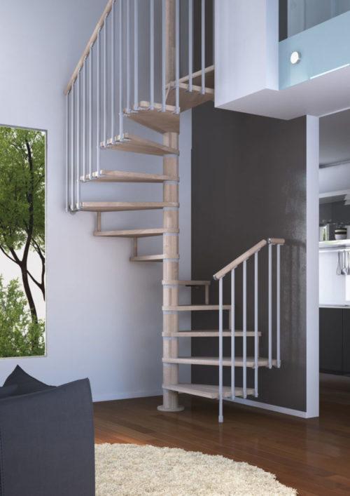 Escalera de caracol de planta cuadrada de madera