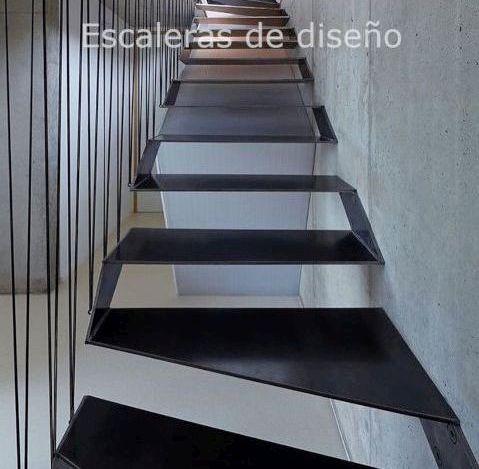escalera de diseño metálica