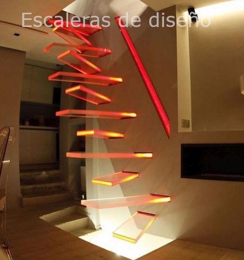 Escalera recta flotante de vidrio para pequeños espacios modernos
